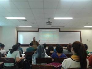 Kuliah Global Learning System Psikologi BINUS dengan Psikolog Forensik Mabes POLRI