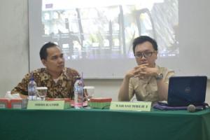 Sesi Diskusi dipandu oleh Moderator, Bapak Erik Saut H. Hutahaean, S.Psi., M.Si.
