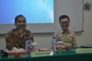 Sesi Diskusi dipandu oleh Moderator