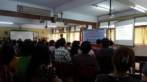 Suasana Seminar tentang Memilih Jurusan yang Tepat