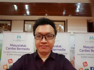 Juneman Abraham hadir dalam Pembahasan Penyusunan Pedoman Penggunaan Media Sosial pada Anak pada Kementerian Pemberdayaan Perempuan dan Perlindungan Anak, Rabu, 10 Mei 2017, di Sari Pan Pacific Hotel, Jl. M.H. Thamrin, Menteng, Jakarta Pusat.